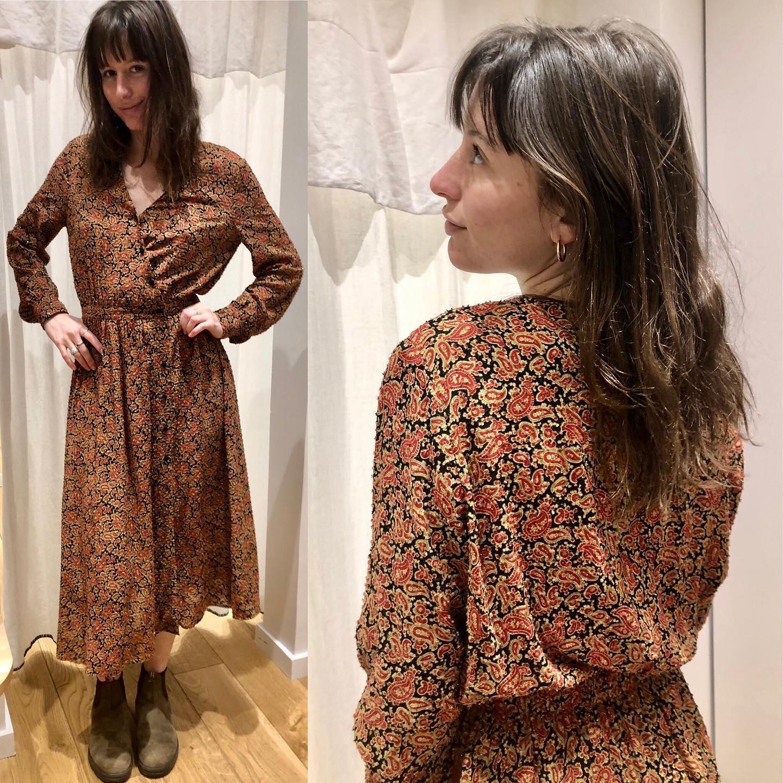Les dernières robes sont proposées à -50% Ici la robe Idano 169€ -50%https://www.instagram.com/p/CKOyRmyFe-p/
