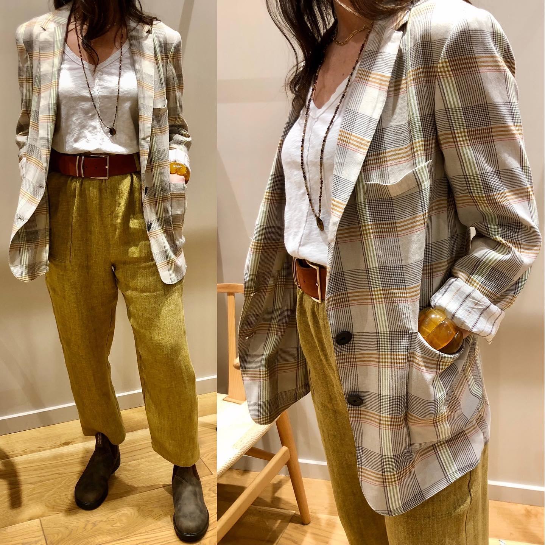 Tenue idéale !!! Pantalon et veste @hod_paris  Boots @blundstonefrance  Tee-shirt @bobilosangeles  Ceinture @herbert_freresoeurhttps://www.instagram.com/p/CMAofvKll3T/