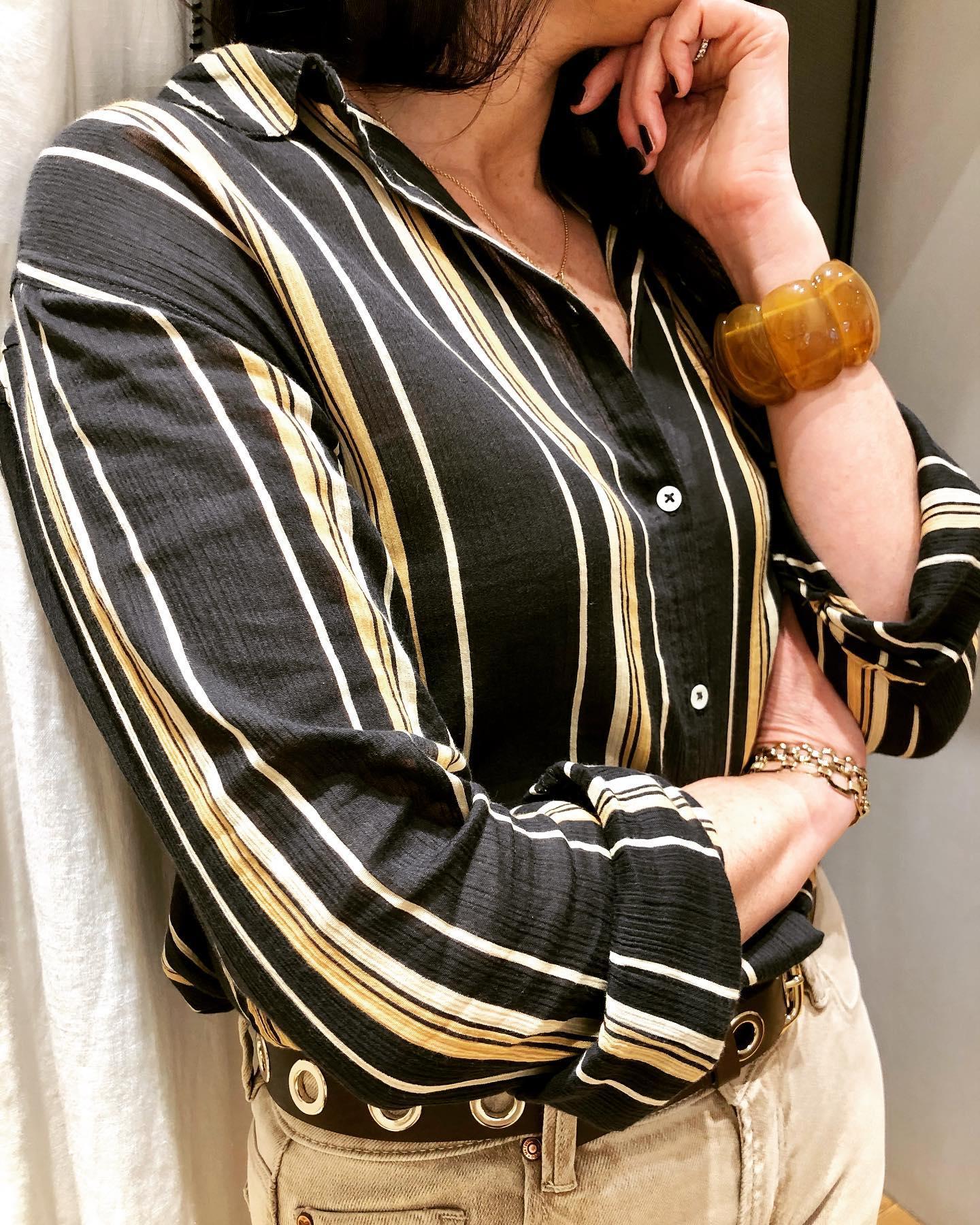 Réfléchir à la suite... Click&collect 🙌 Chemise coton rayé #chemise #cotonhttps://www.instagram.com/p/CMnRW0wFjwk/