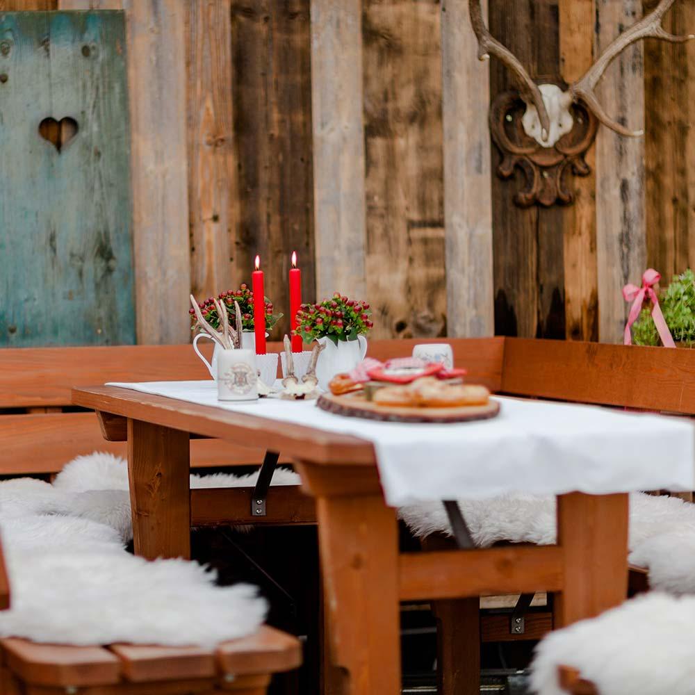 Bamberger Haus im Winter Tische