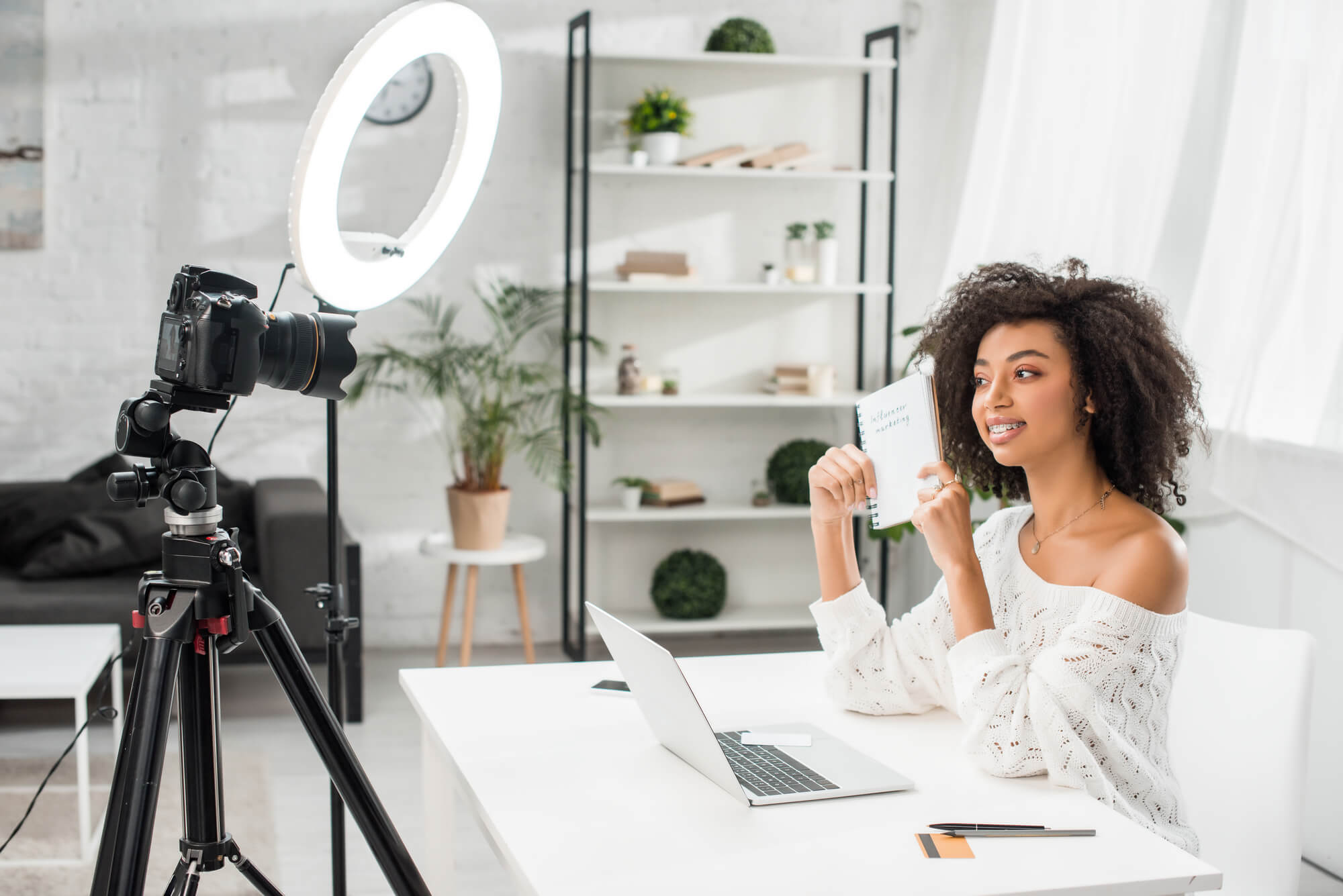 How can video help create multimedia content?