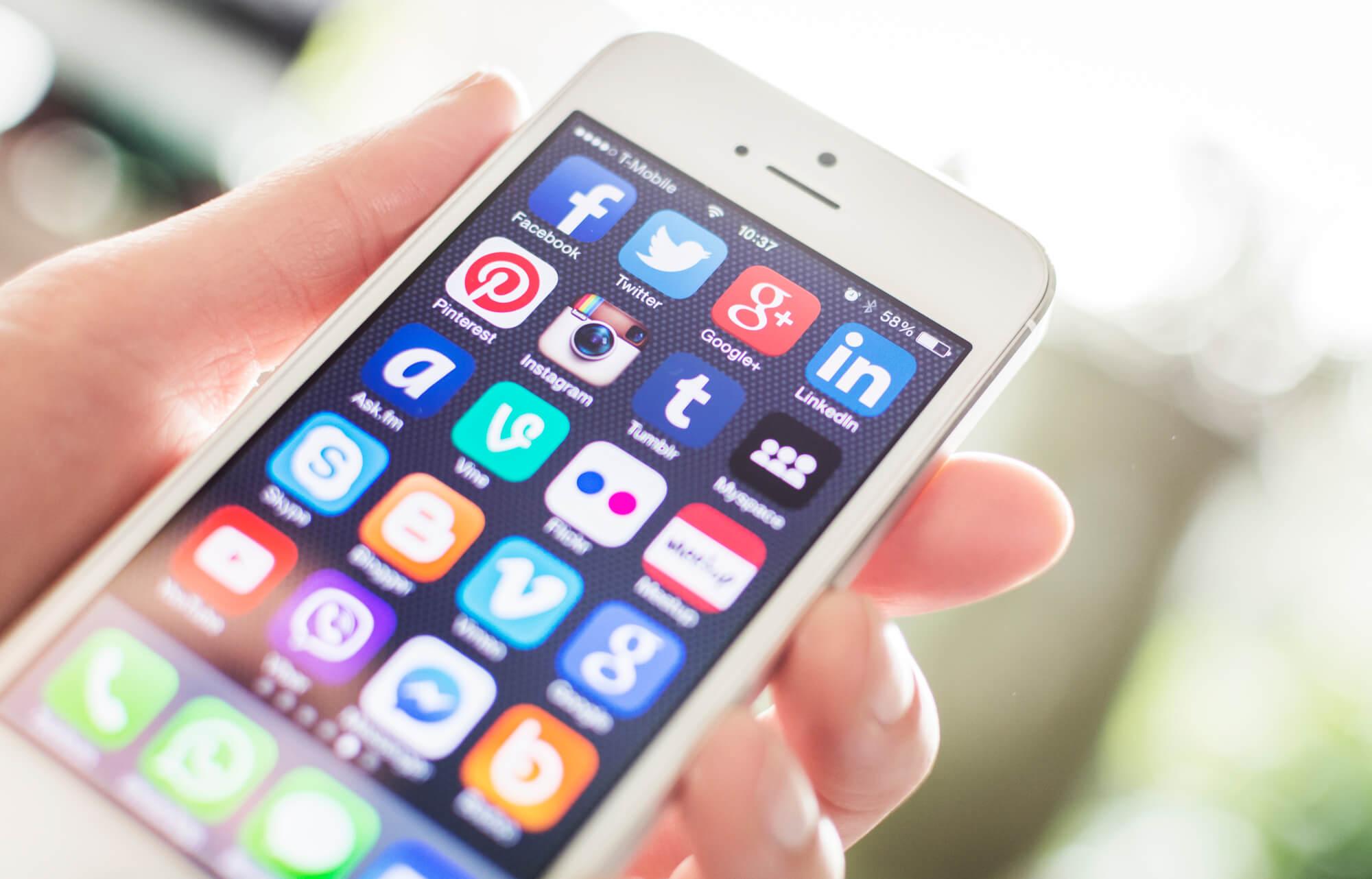 social-media-platforms-for-dentists