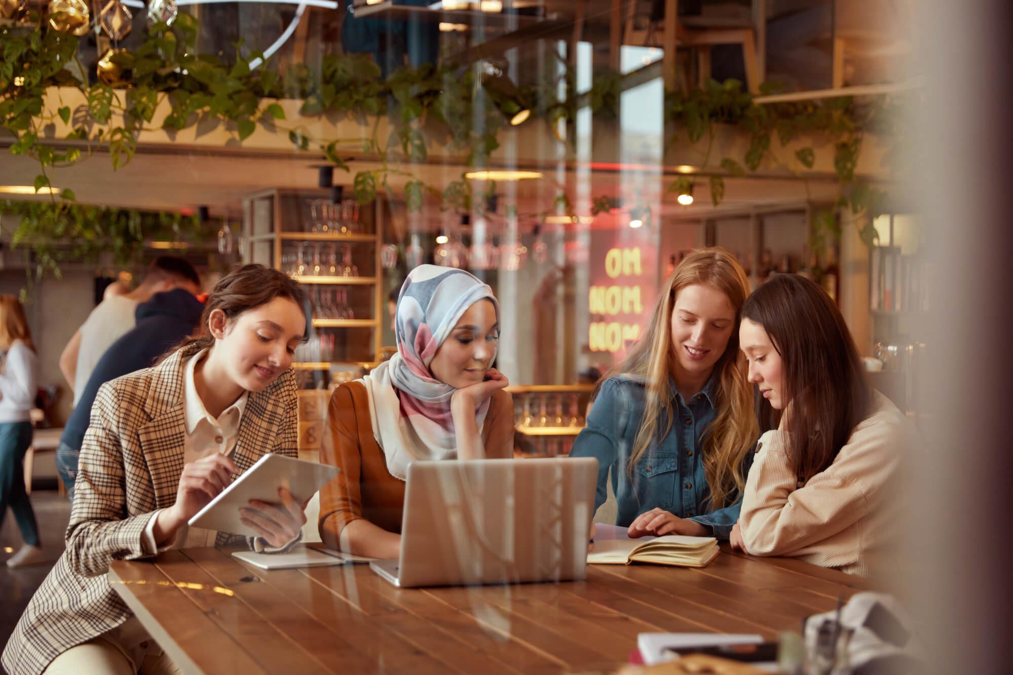 online-restaurant-search