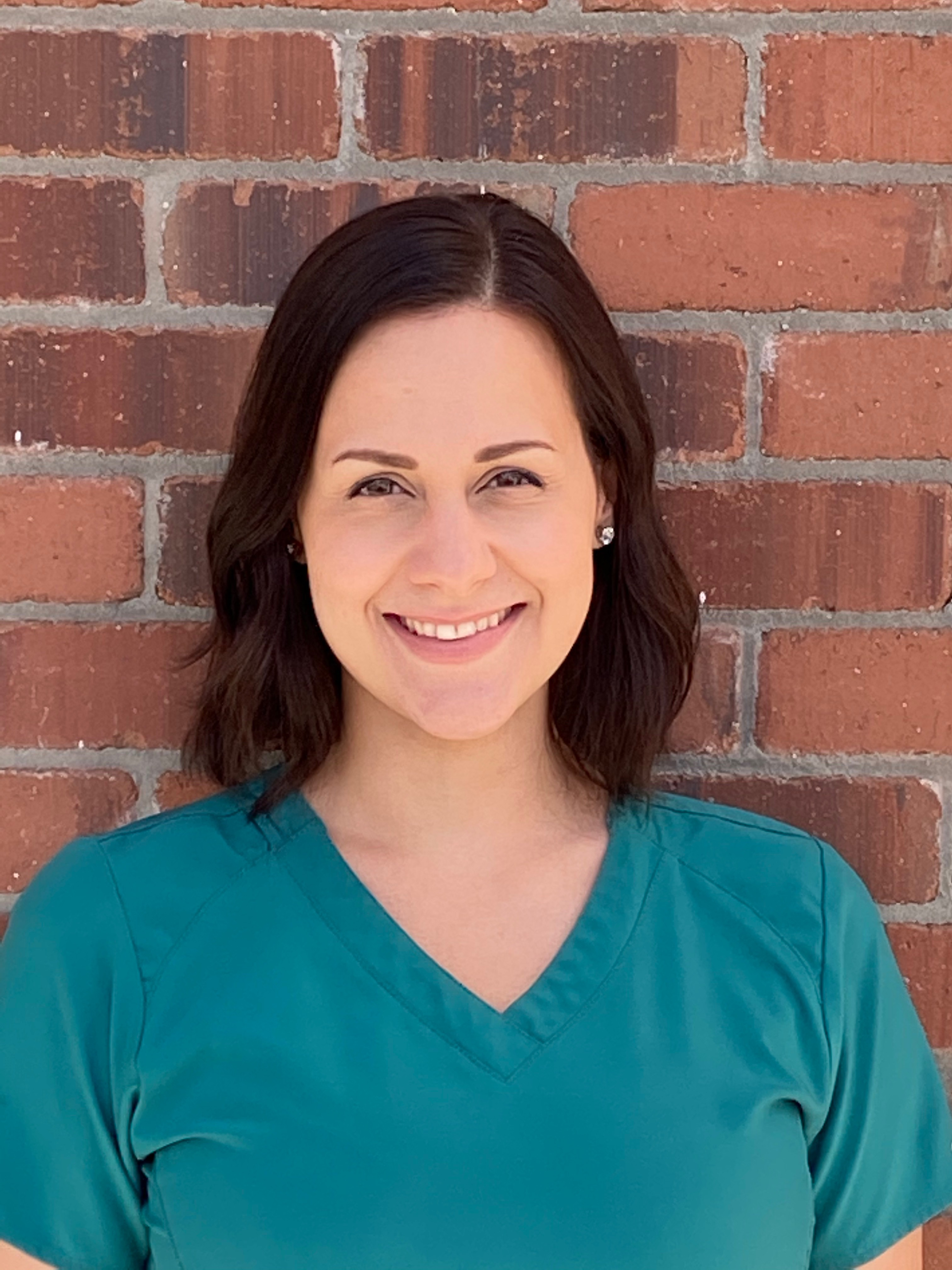 Kelsey - Veterinary Assistant