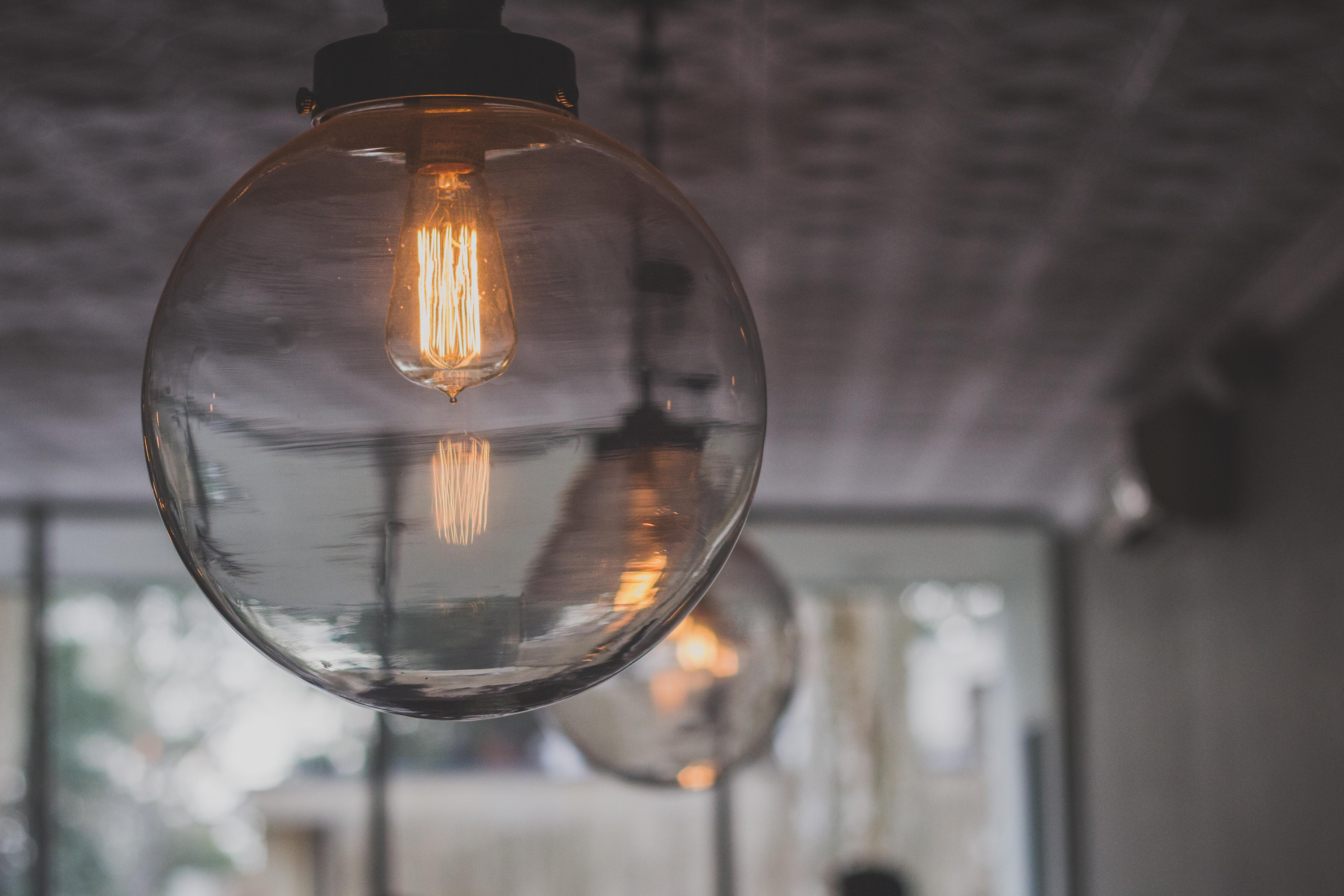 How Do I Know What Base My Light Bulb Is?