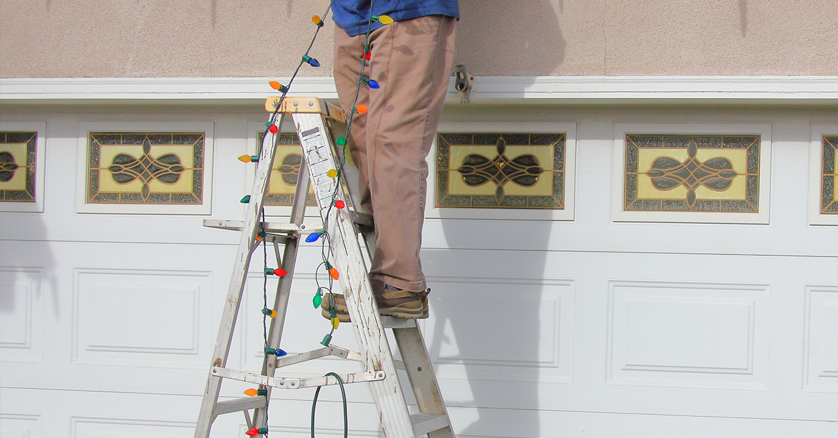 Tips on How to Safely Install Lights This Holiday Season