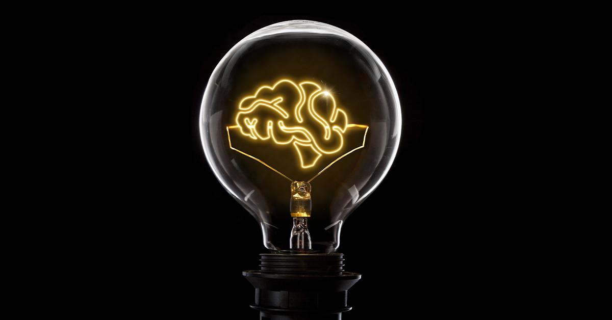 6 Best Smart Bulbs