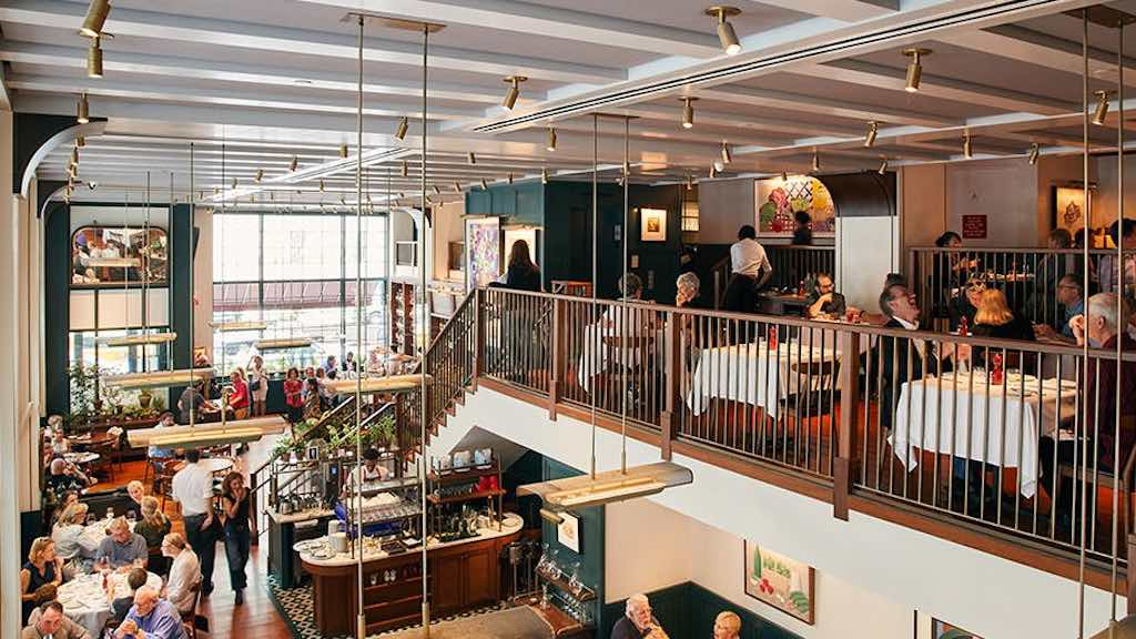 union square cafe interior