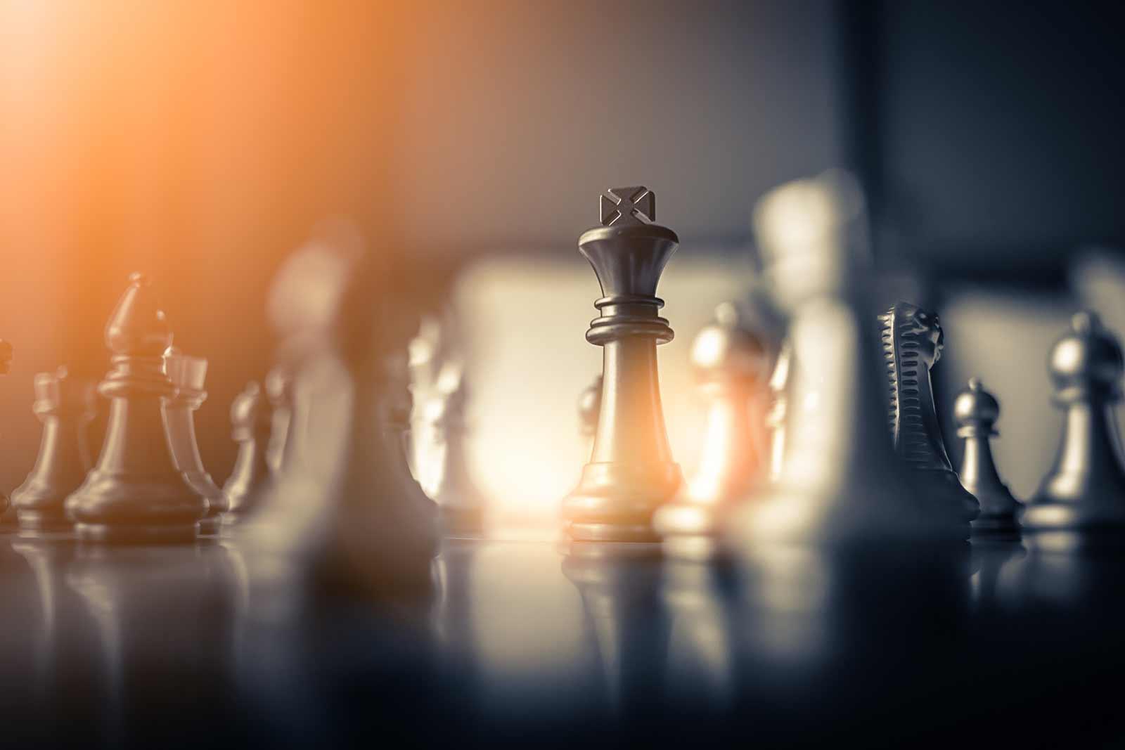 Fotografia ilustrativa de um tabuleiro de xadrez