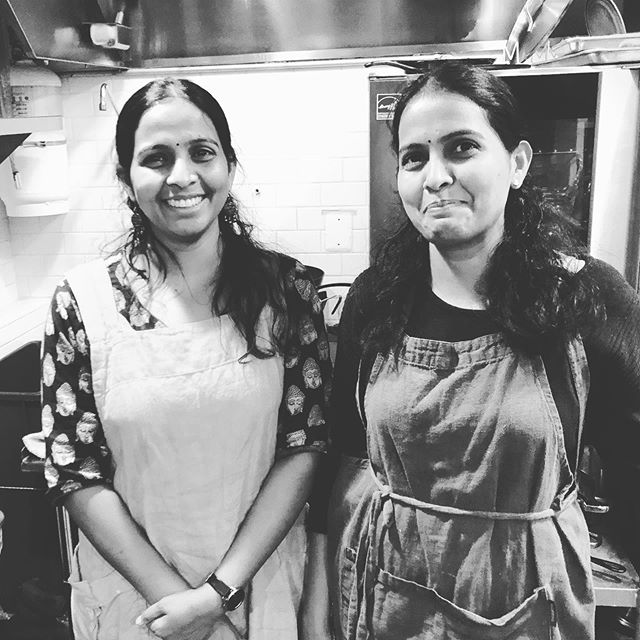 Our favorite #twin chefs are back! with 2 south Indian meals on our take-home-and-heat menu. Chicken or Cauliflower Curry with Peas Pulav. #mealkits @vannakam.baltimore ✌🏼