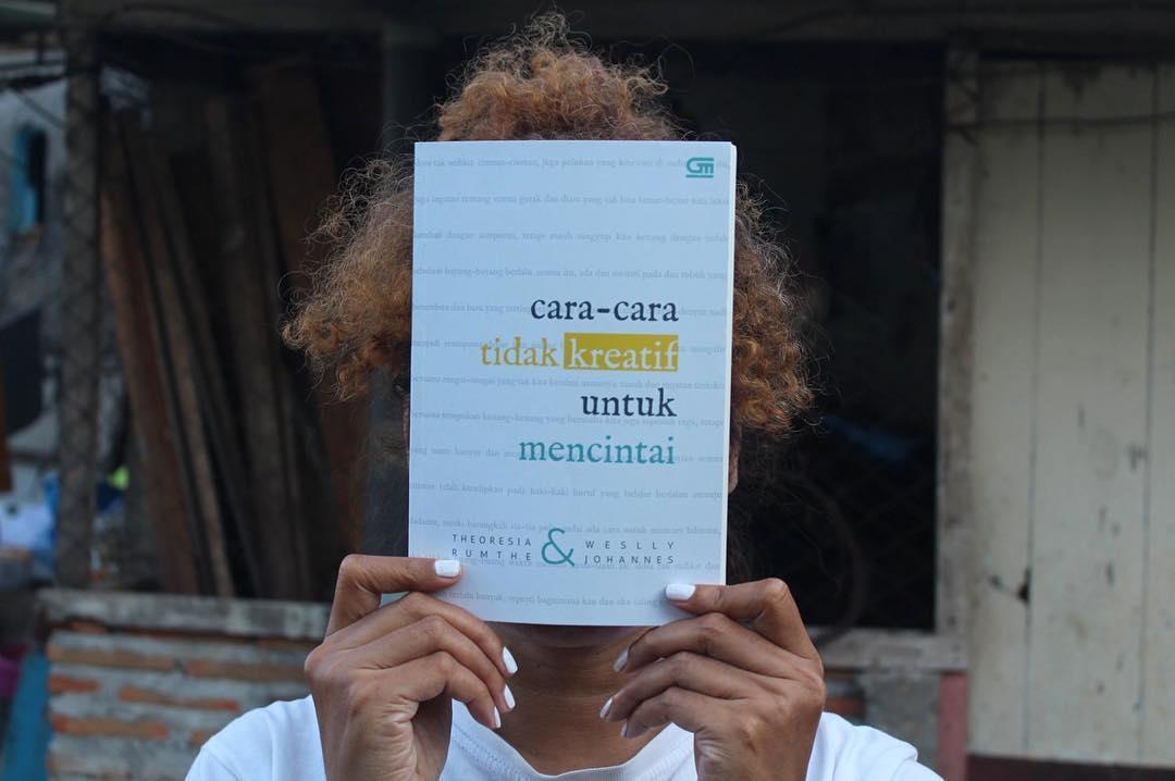 Theoresia Rumthe: Menyuarakan Kegelisahan adalah Kewajiban untuk Penulis