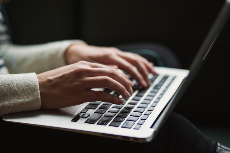 Apa Sih Bedanya Content Writer dan Copywriter?