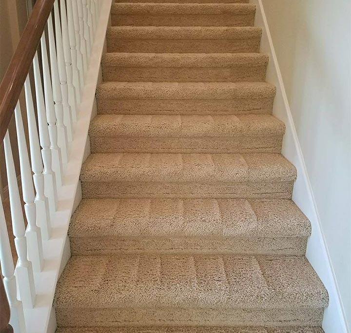 Staircase carpet cleaned in Pasadena, CA