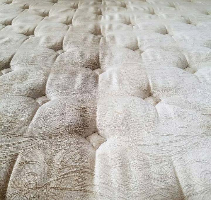 Mattress cleaning in Pasadena, CA