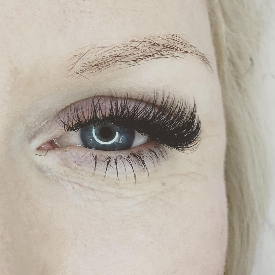 SB Beauty Lash Salon Gallery Image 23