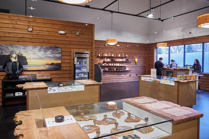 Interior-premium-cannabis-dispensary-Portland-near-airport