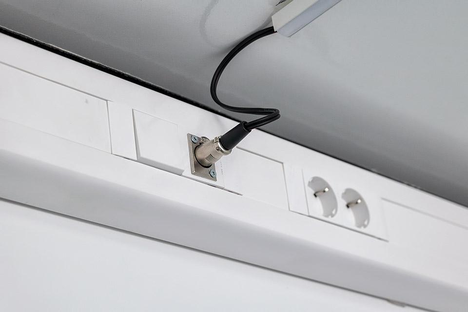 Flatpack hus elektricitet