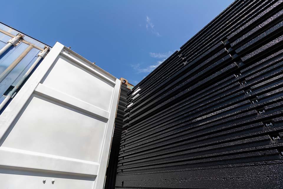 Flatpack hus container
