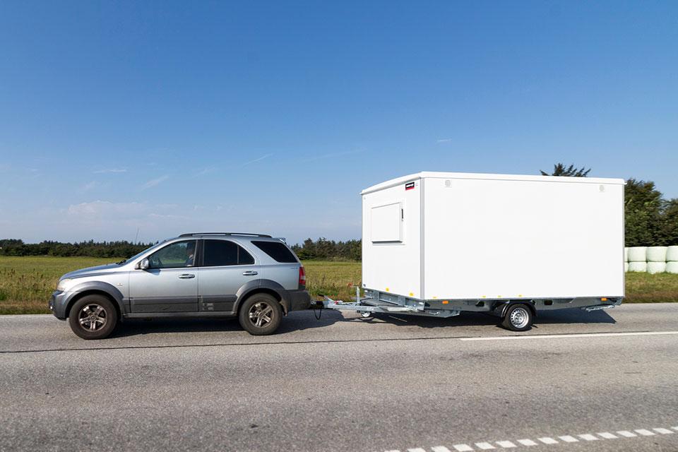 Kontorvogn på landevej