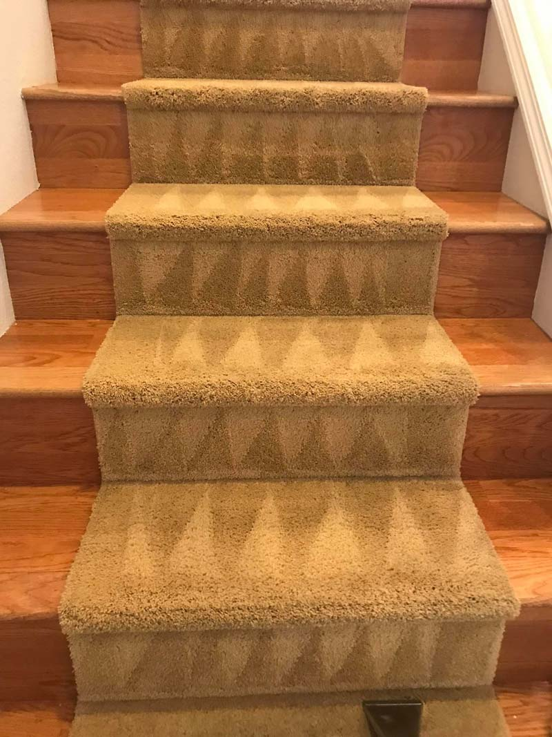 Staircase carpet cleaned in Battle Ground, WA