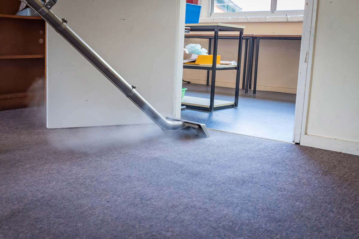 Commercial carpet cleaning in Battle Ground, WA