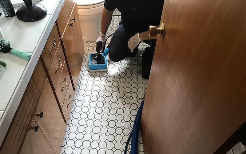Tile and grout cleaning in Battle Ground, WA