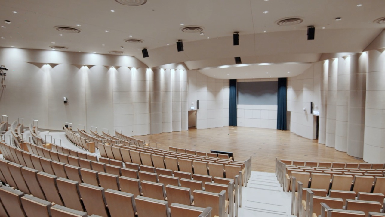 Thorne Auditorium at the Northwestern Pritzker School of Law
