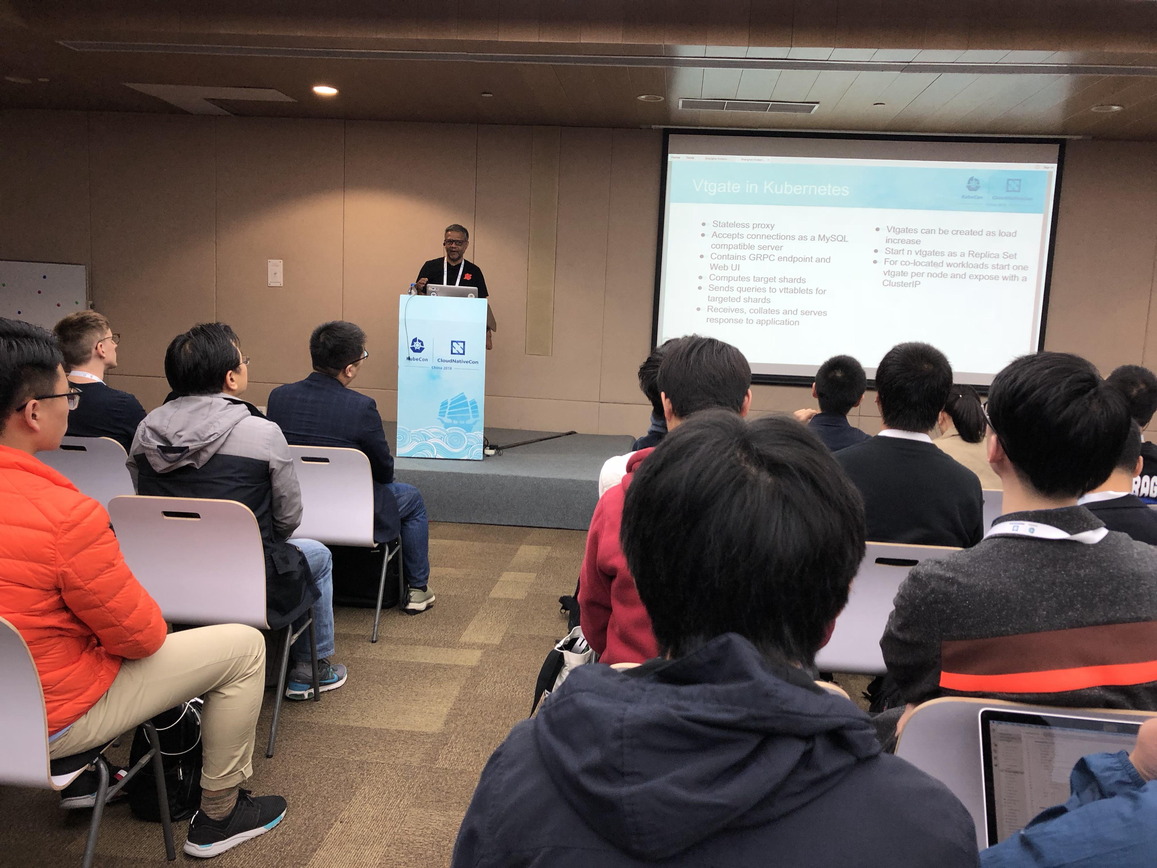 Jiten presenting at KubeCon Shanghai 2018