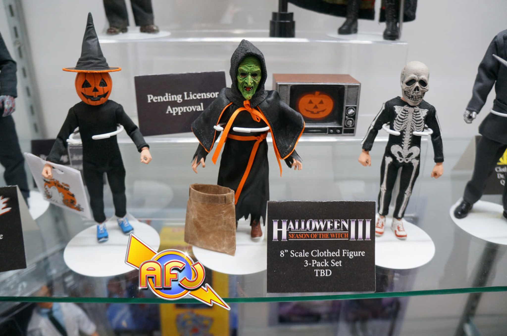 """NECA Halloween 3 Season of the Witch 3 Pack 8/"""" Clothed Action Figure Collection"""