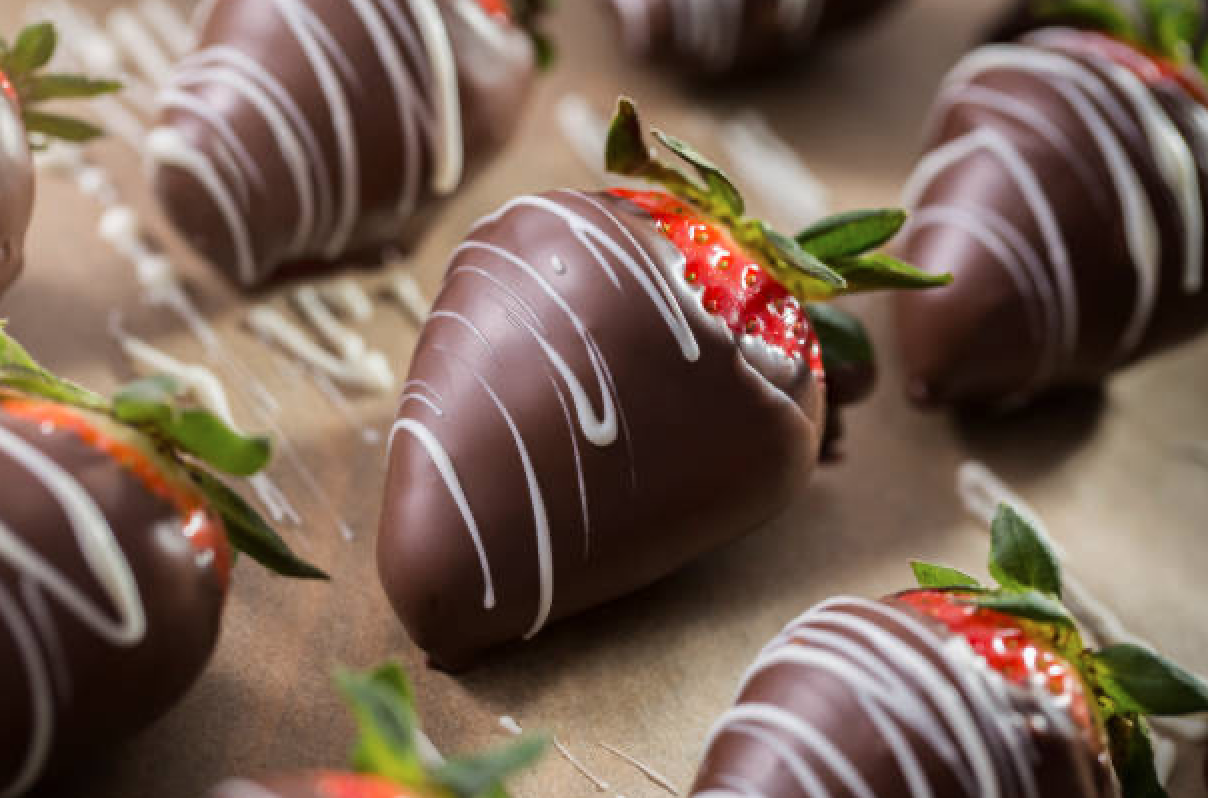 Chocolate Strawberries & Champagne