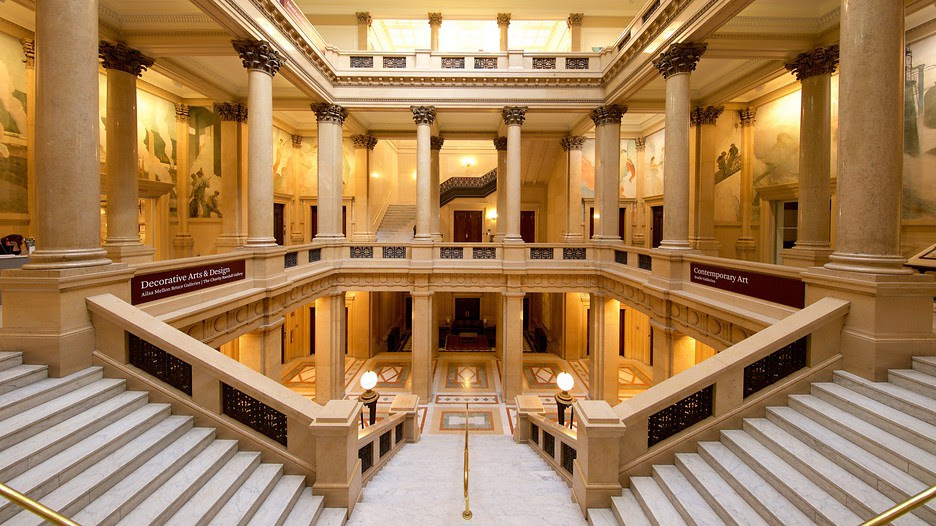 Steps at the Carnegie Museum