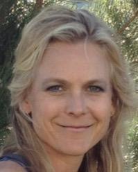 Karmen Davis Headshot