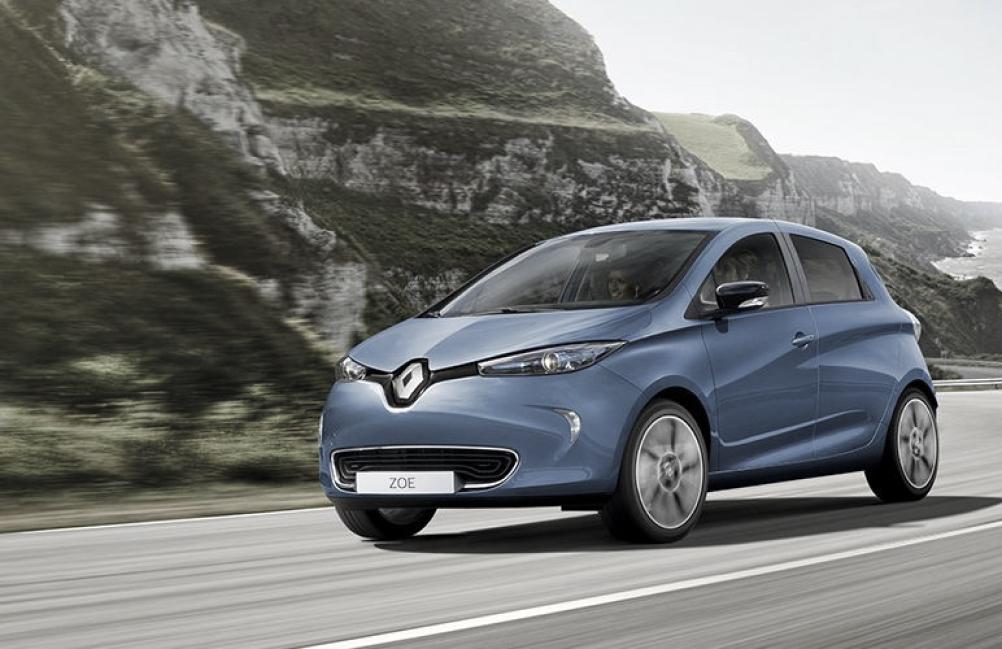 Sonification intérieure de véhicule électrique: identité sonore, aide à la conduite, confort acoustique.
