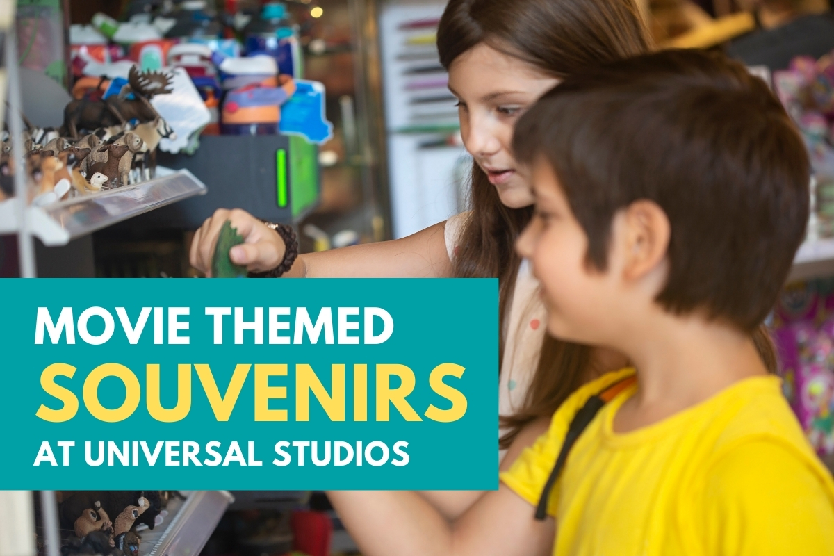 Kids playing in a store - Movie Themed Souvenirs at Universal Studios