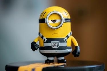 Minion figurine