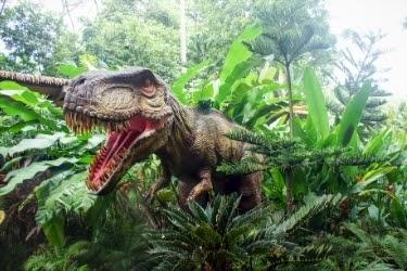 Dinosaur Animatronics in the bushes