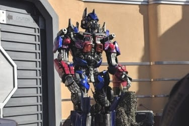 Transformer's Character outside the ride