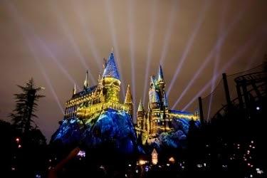 Hogwarts castle projection shows