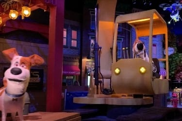 Scene from The Secret Life of Pets Ride