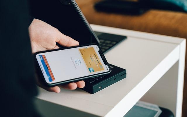 O que é autenticação de dois fatores e como ajuda a prevenir fraudes?