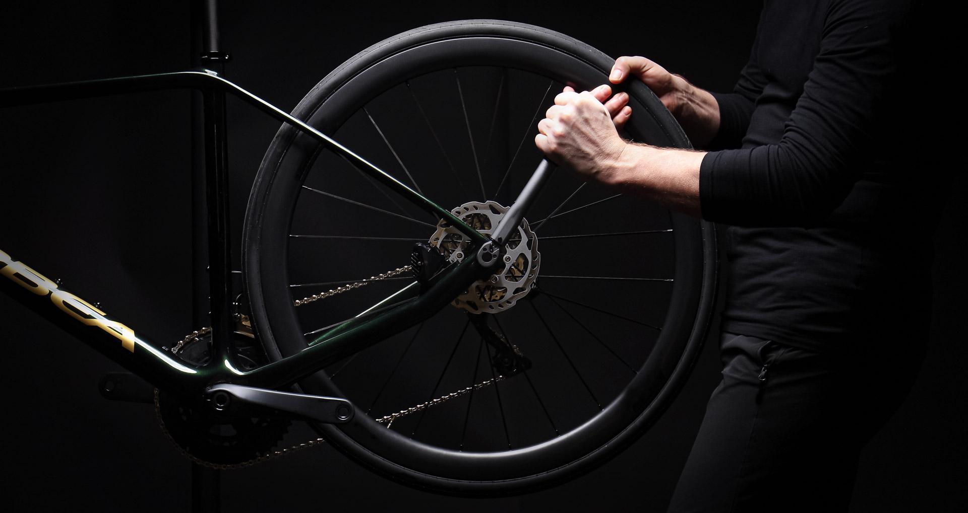 Bild aus der Werkstatt von Star Bicycle zum Thema Service