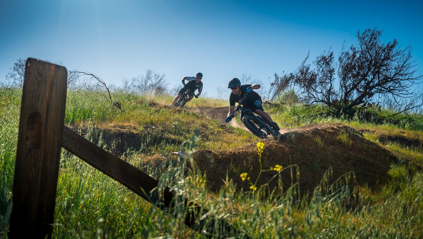 Wir gehen regelmässig auf Bike-Touren – sei dabei