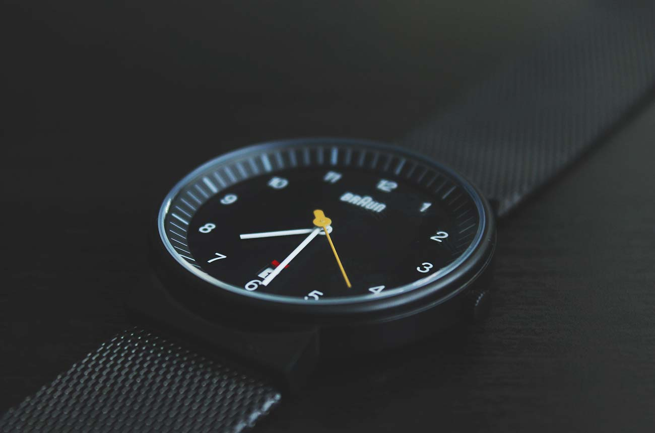 close-up-black-watch