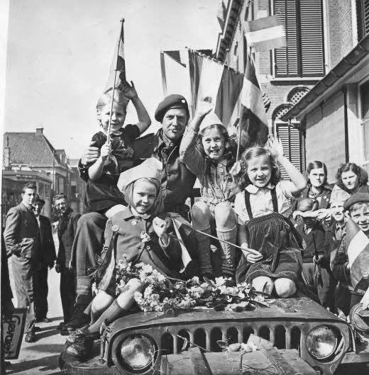Tijden van crises in 1944 en 1945: geen eindexamens!