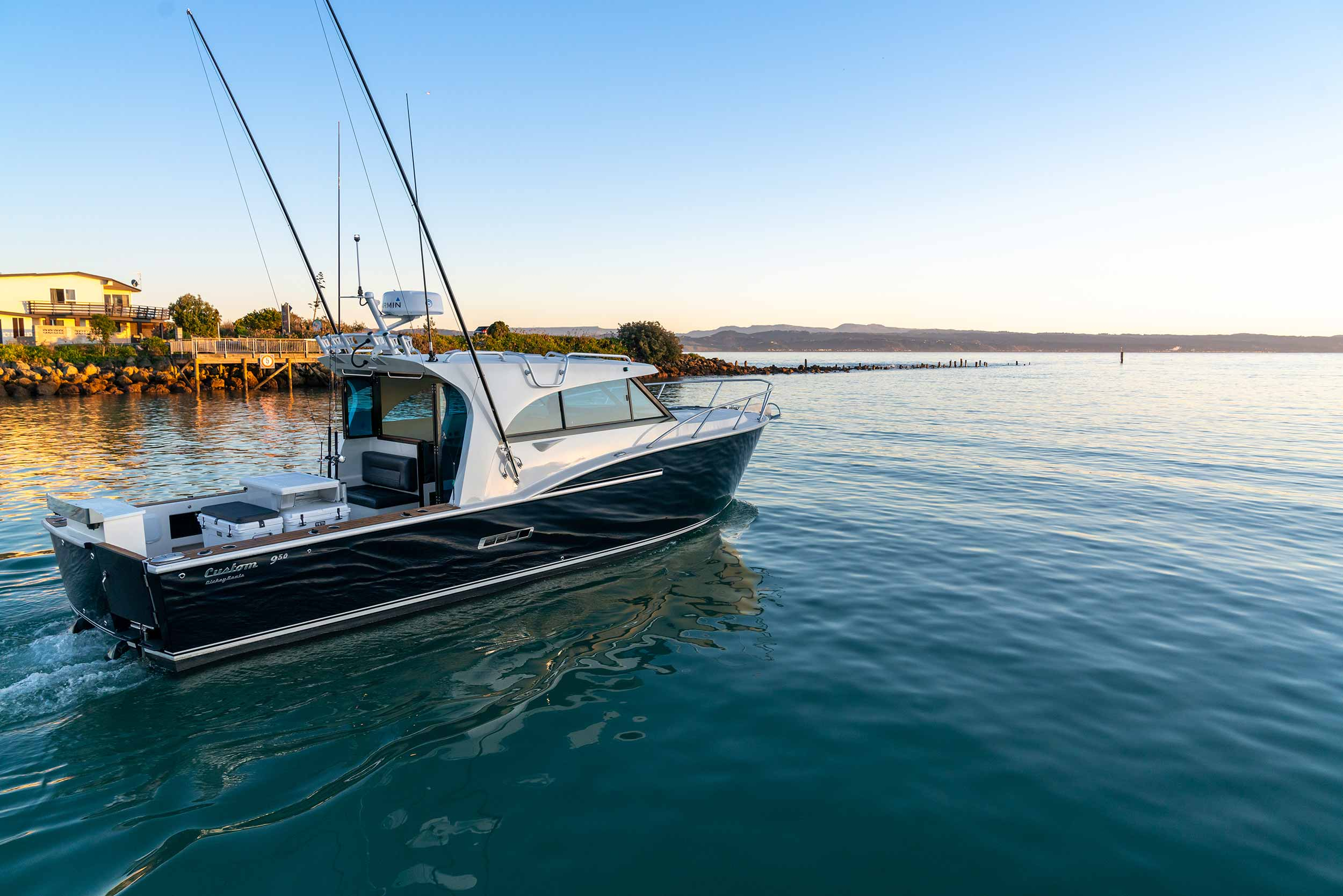 Dickey Custom 950 review excerpts - Boating NZ