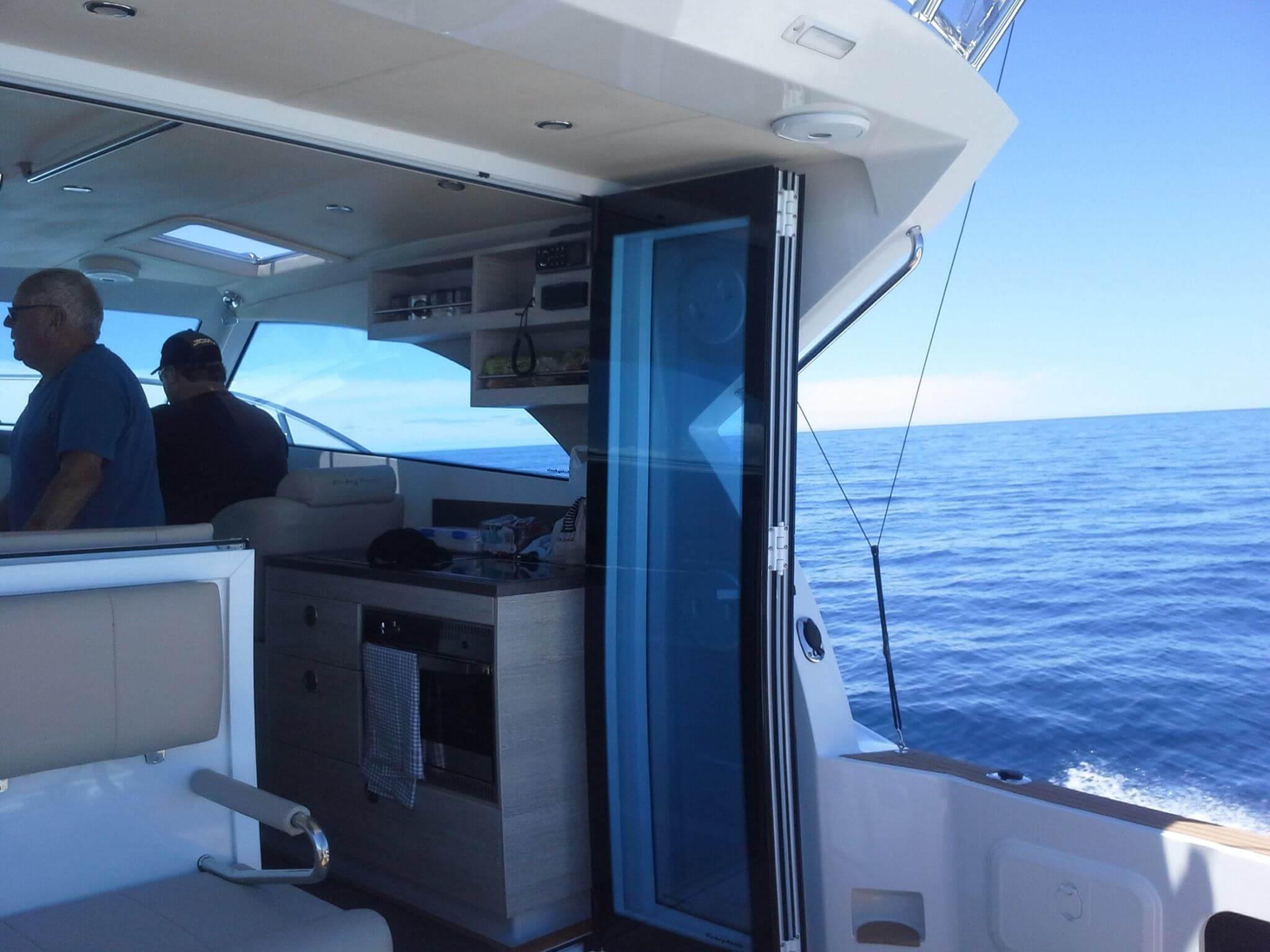 Matua (Semifly 32) Cruising through Mahia