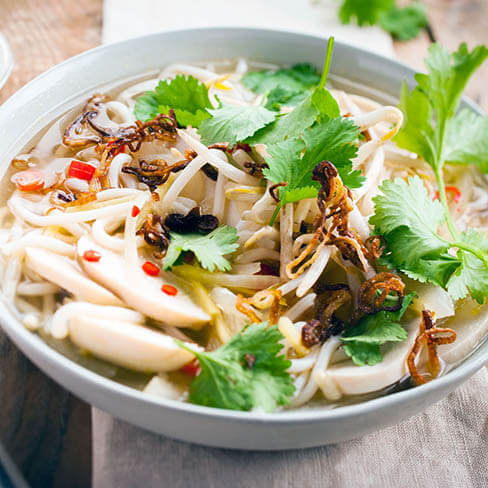 Vietnamese soup with chicken