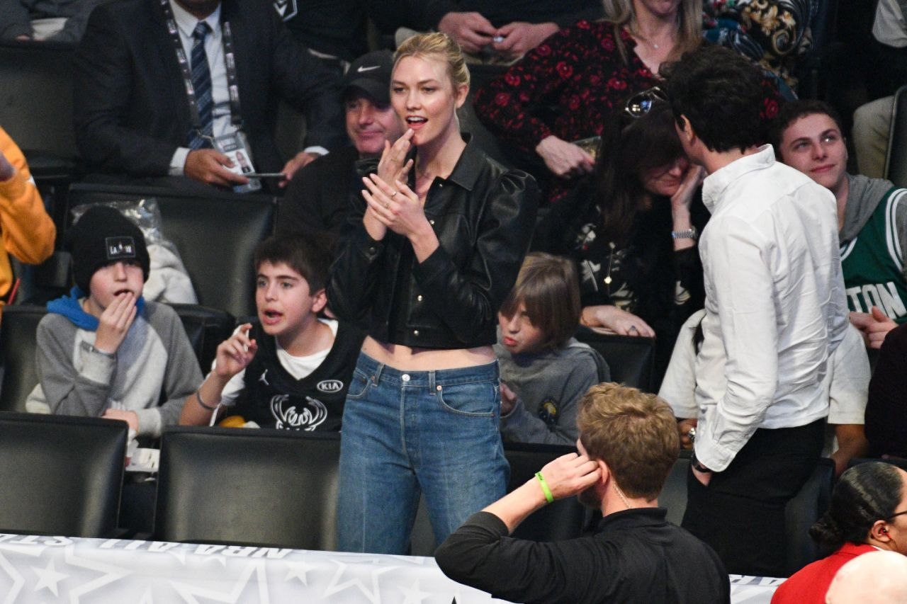 <p>Karlie Kloss attends the 2018 NBA All-Star Game Los Angeles, California. </p>