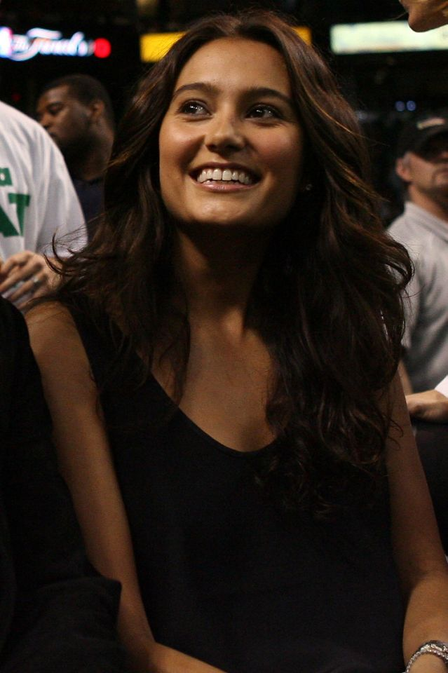 <p>Emma Hemming attends Game One of the Lakers and Celtics playoff during the 2008 NBA Finals. </p>