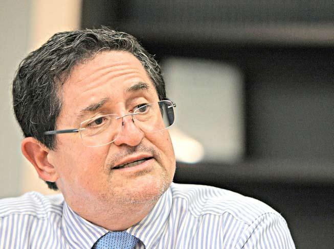Associado da AFFEMG e Procurador do Estado, Onofre Alves, concede entrevista ao Jornal Hoje em Dia
